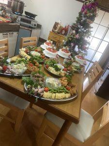 クリスマス会たくさんの料理25人前